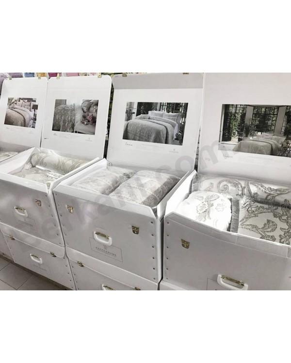 Покрывало Valerie Pique 270х260см с наволочками и декоративными подушками, сатин